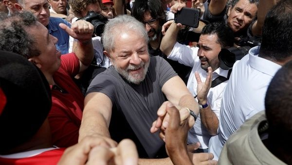 Judge Rules Passport Must Be Returned to Lula